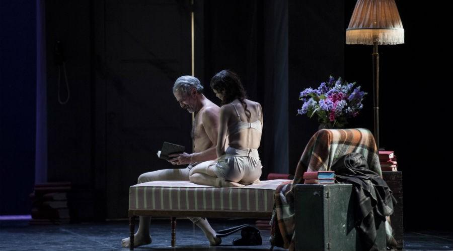 La banalità dell'amore teatro stabile di napoli