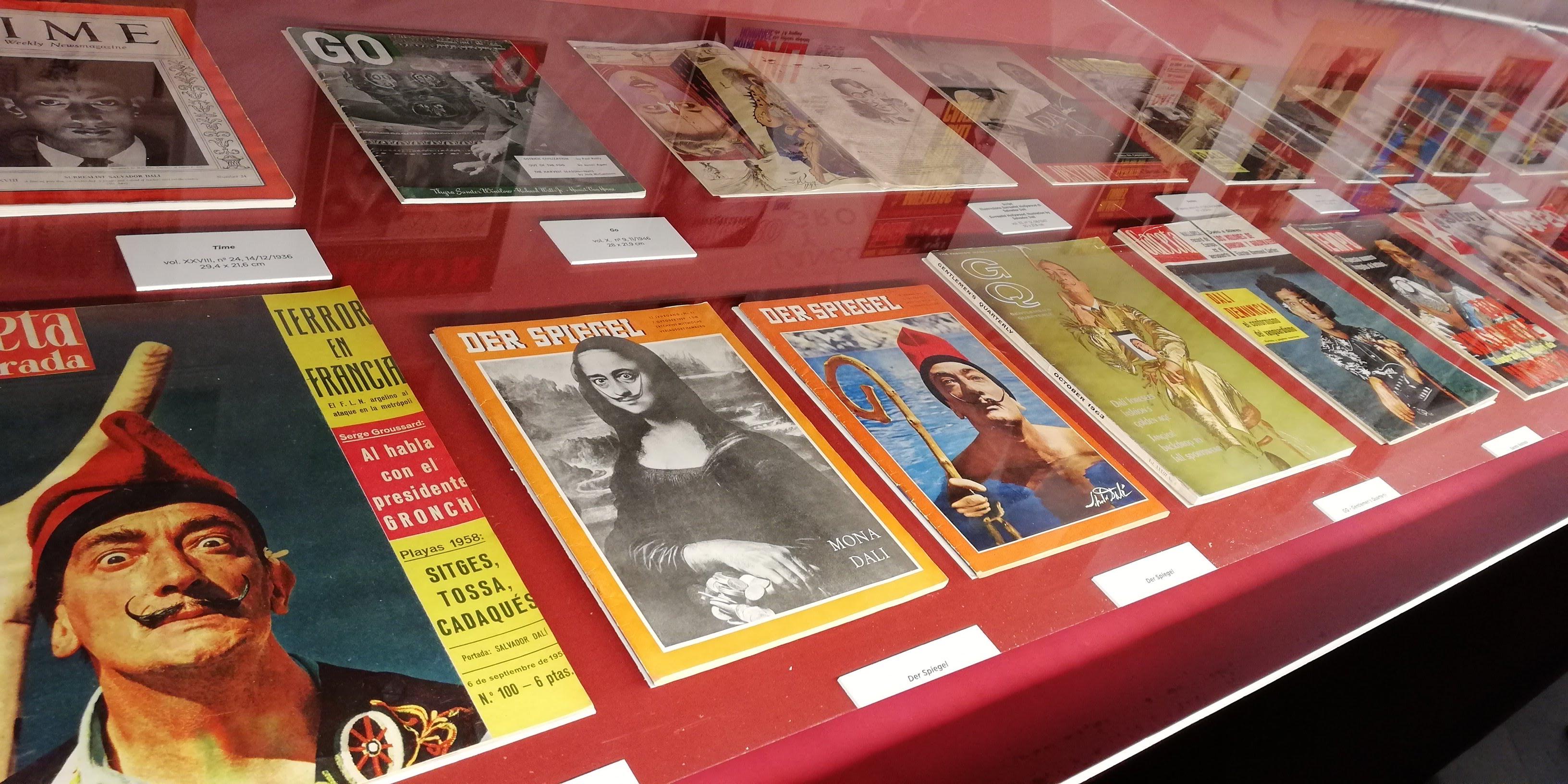 Copertine di riviste con Dalì