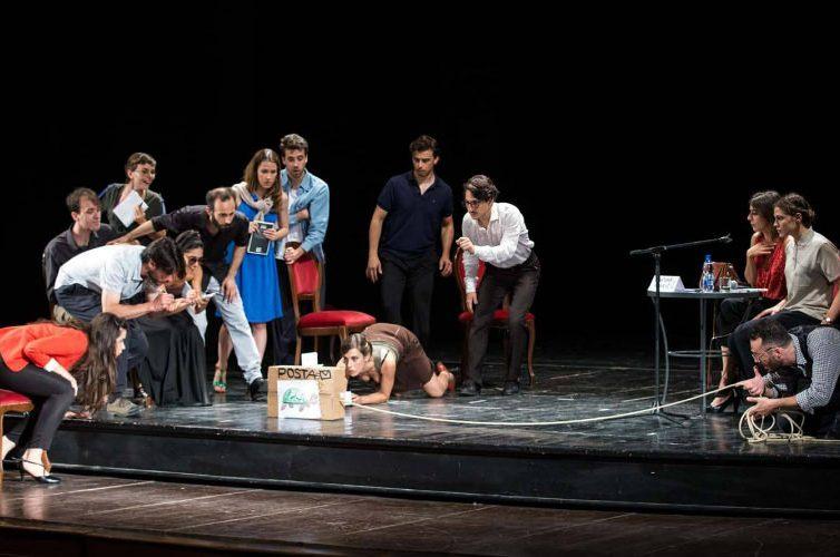 spettacolo teatrale al Napoli Teatro Festival