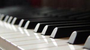 locandina di Piano City Napoli 2018: musica e concerti nelle case e nei luoghi storici della città