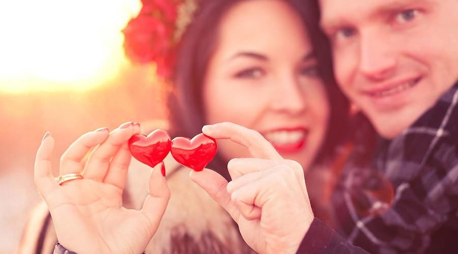 San Valentino con coppia di innamorati
