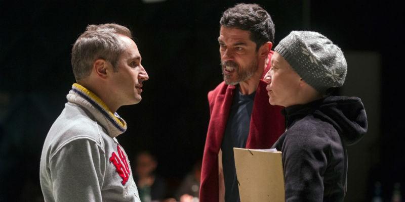Lo spettacolo Qualcuno volò sul nido del cuculo al Teatro Bellini di Napoli