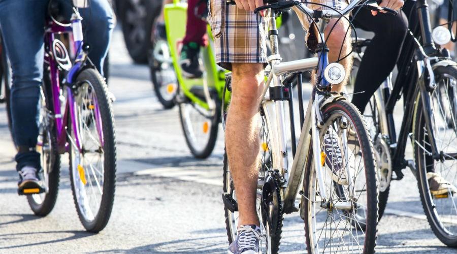 Bike To Breast A Napoli Pedalata Sul Lungomare E Visite Senologiche