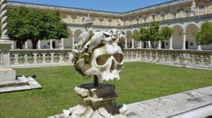 Teschio nella Certosa di San Martino a Napoli