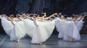 locandina di Giselle al Teatro San Carlo di Napoli: in scena il celebre balletto romantico ispirato alla leggenda delle Villi