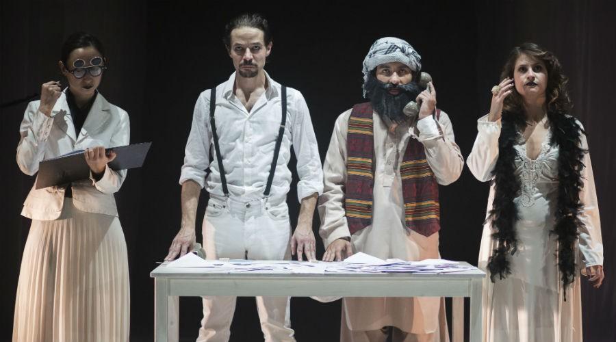 Lo spettacolo Il cielo è cosa nostra in scena al Nuovo Teatro Sanità di Napoli