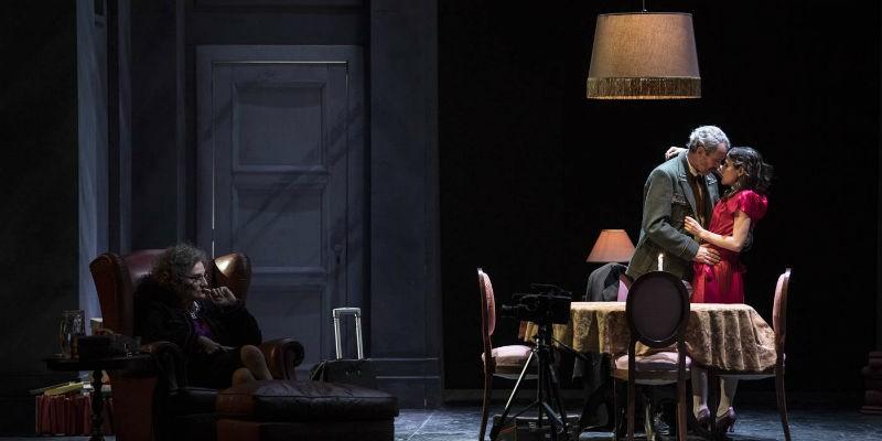 La banalità dell'amore in scena al Teatro Mercadante di Napoli