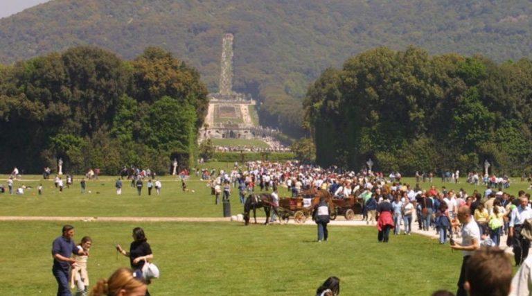 カゼルタ宮殿の公園