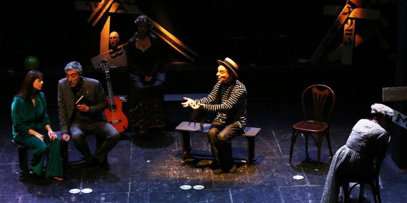 Raccogliere e bruciare di Enzo Moscato in scena al Teatro Nuovo Napoli