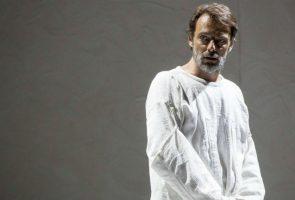 Alessandro Preziosi nel ruolo di Van Gogh al Teatro Mercadante di Napoli per lo spettacolo L'odore assordante del bianco