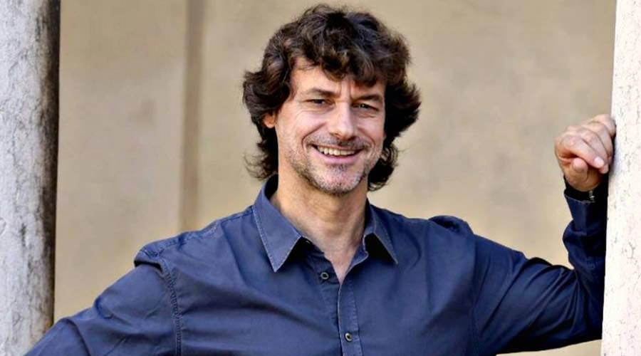 Napoli, de Magistris: Cittadinanza onoraria per Alberto Angela