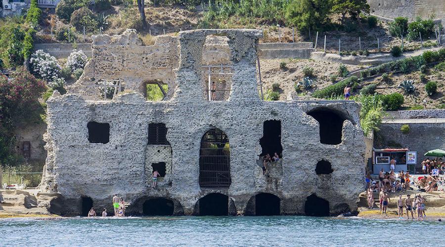 Casa degli Spiriti in Marechiaro in Neapel