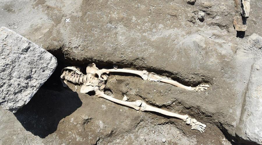 Negli Scavi di Pompei ritrovato uno scheletro