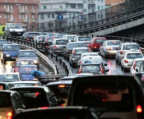 Tangenziale di Napoli, traffico intenso
