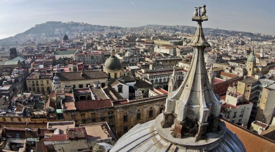 Panorama di Napoli dal tetto del Duomo