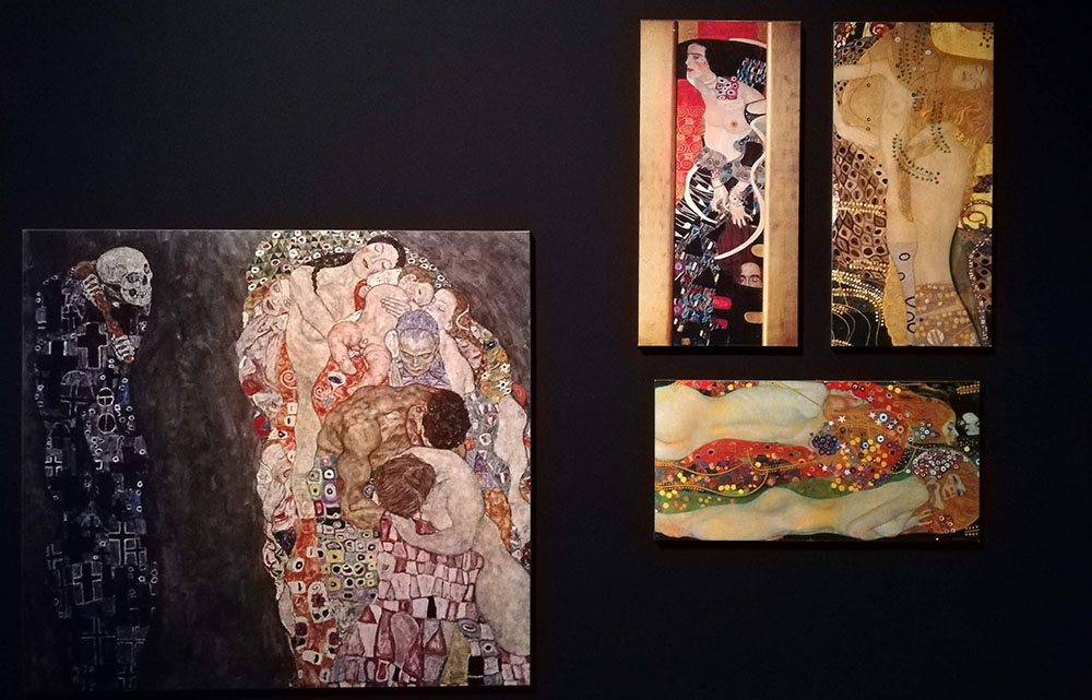 Klimt Experience a Napoli, quadri