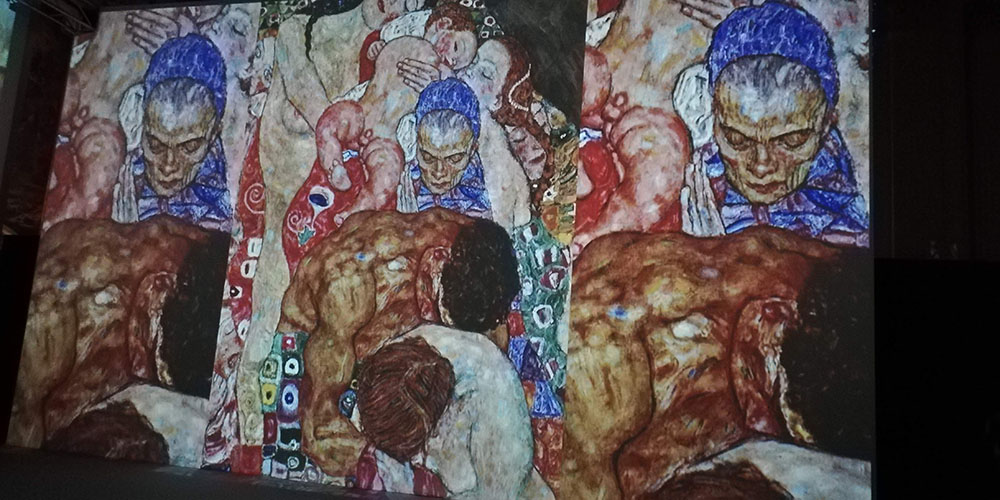 Klimt Experience a Napoli, proiezione