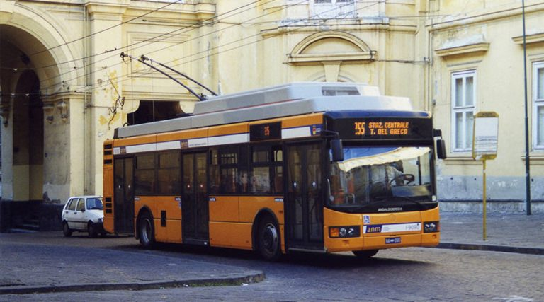Neapel Bus