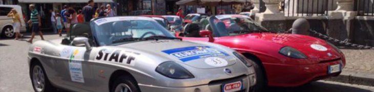 Fiat Barchetta a Napoli per un raduno