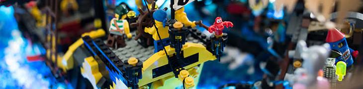 Brikmania a Napoli, la più grande mostra di Lego al mondo con Star Wars e pirati [Foto]