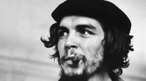 locandina di Mostra fotografica gratuita su Che Guevara a Napoli: I viaggi e i libri di Ernesto