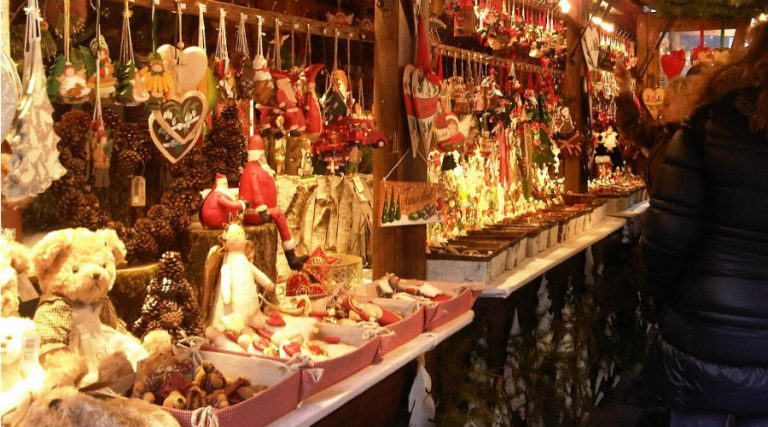 Christmas markets Naples