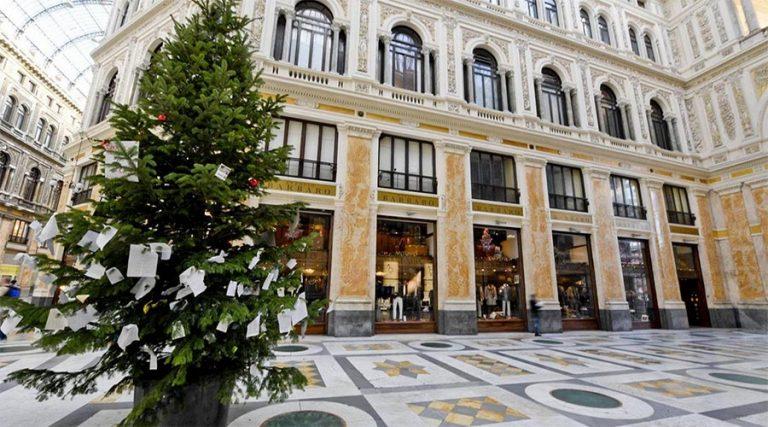 Weihnachtsbaum in Neapel