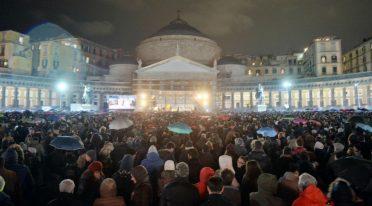 Konzert Piazza Plebiscito Neapel