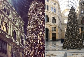 In Naples the Christmas tree Pyramid
