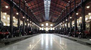 Póster ferroviario en miniatura 2019 en el Museo Pietrarsa en Nápoles