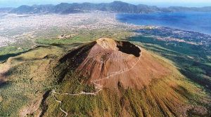 Pasquetta 2019 poster on Vesuvius with excursions in the Tirone nature reserve
