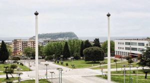locandina di Primavera di Bagnoli 2019 all'Ex Nato a Napoli: giochi, giostre e street food