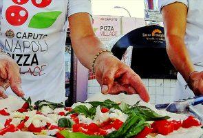 Neapel Pizza Dorf