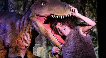 Szene von lebenden Dinosauriern