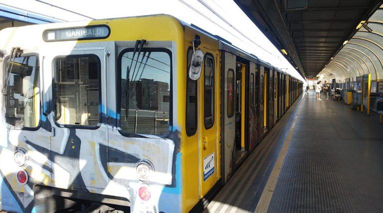 линия метро 1 в Неаполе
