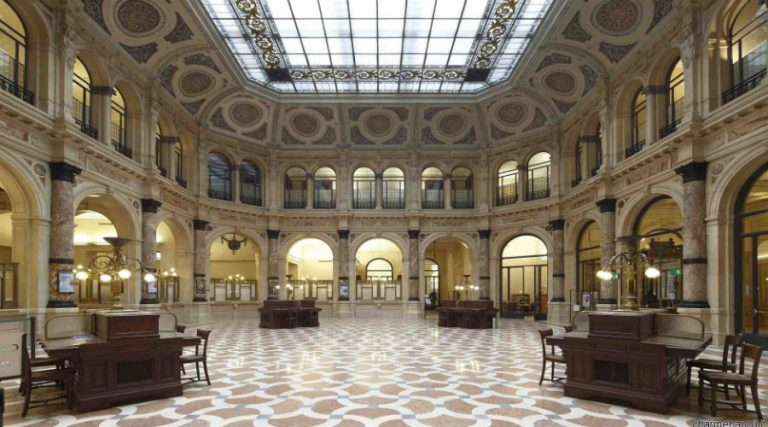 Palazzo Zevallos Stigliano in Neapel