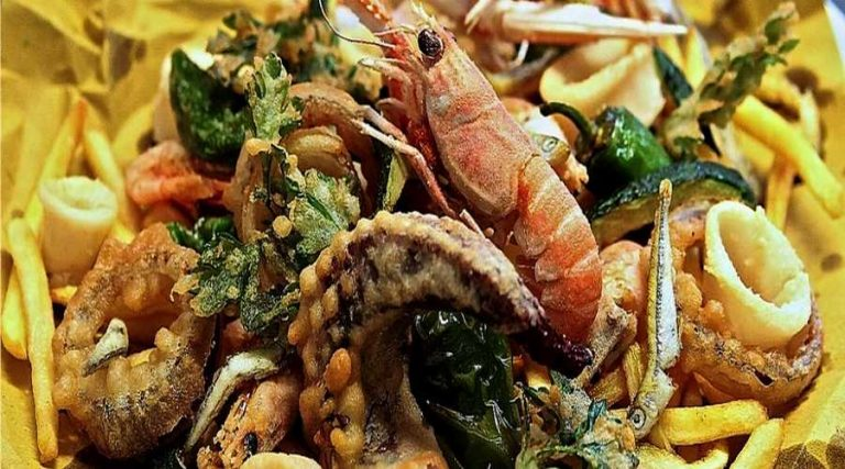 パスタと魚料理