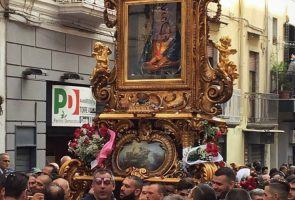 procession of the madonna of the snow