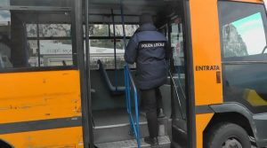 Polizia municipale sui bus