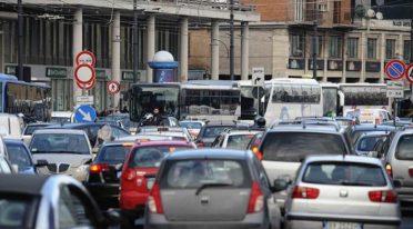 Verkehr in Neapel