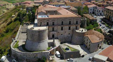 Castello Macchiaroli di Teggiano