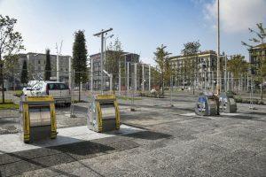 New Piazza Garibaldi in Naples, bins