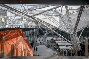 ナポリの新しいガリバルディ広場、ショップ