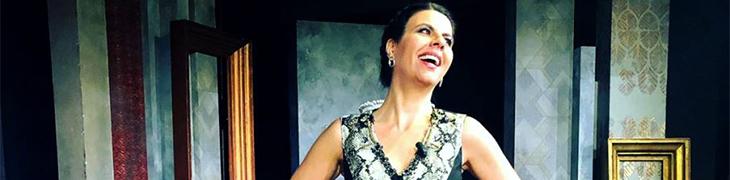 Geppi Cucciari al Teatro Diana di Napoli in un toccante monologo che parla di donne