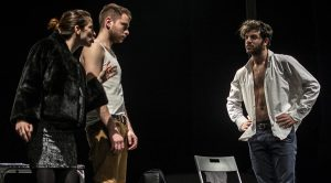 Senza Sangue ، تظهر في Nuovo Teatro Sanità