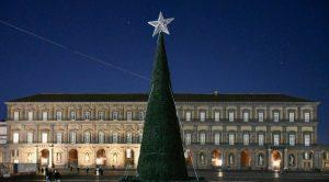 Albero di Natale in Piazza Plebiscito