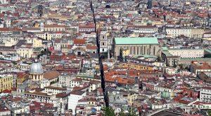 locandina di Ghost Tour a Napoli: a caccia di fantasmi tra i vicoli del centro