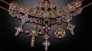 L'affiche du musée du trésor de San Gennaro rouvre avec ses merveilleux joyaux