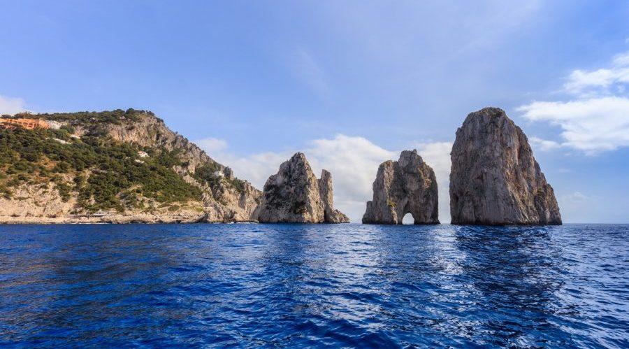 Faraglioni Cliffs, Capri, Italien.