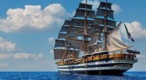 locandina di La nave Amerigo Vespucci a Castellammare di Stabia, è la nave più bella del mondo
